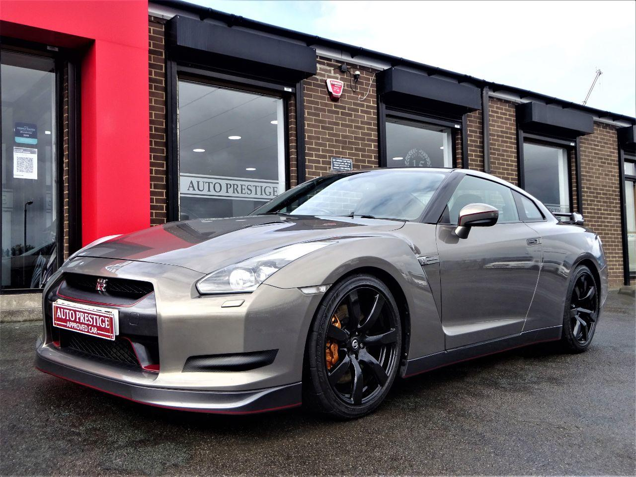 Nissan GT-R 3.8 GT-R PREMIUM EDITION S-A STANDARD CAR LOW OWNERS 60 REG GARAGED CAR Coupe Petrol Silver at Autoprestige Bradford