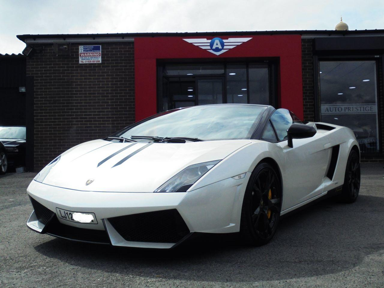 Lamborghini Gallardo 5.2 LP 560-4 SPIDER FACELIFT MODEL WITH PERFORMANTE SPECIFICATION Convertible Petrol Pearl White at Autoprestige Bradford