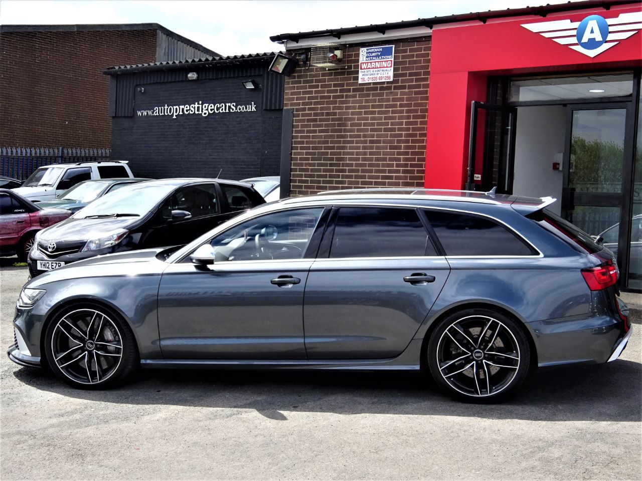 Audi RS6 4.0T FSI V8 Bi-Turbo RS6 Quattro 5dr Tip Auto WITH 20K WORTH OF EXTRAS CARBON BRAKES++++EXTRAS Estate Petrol Daytona Grey Pearl