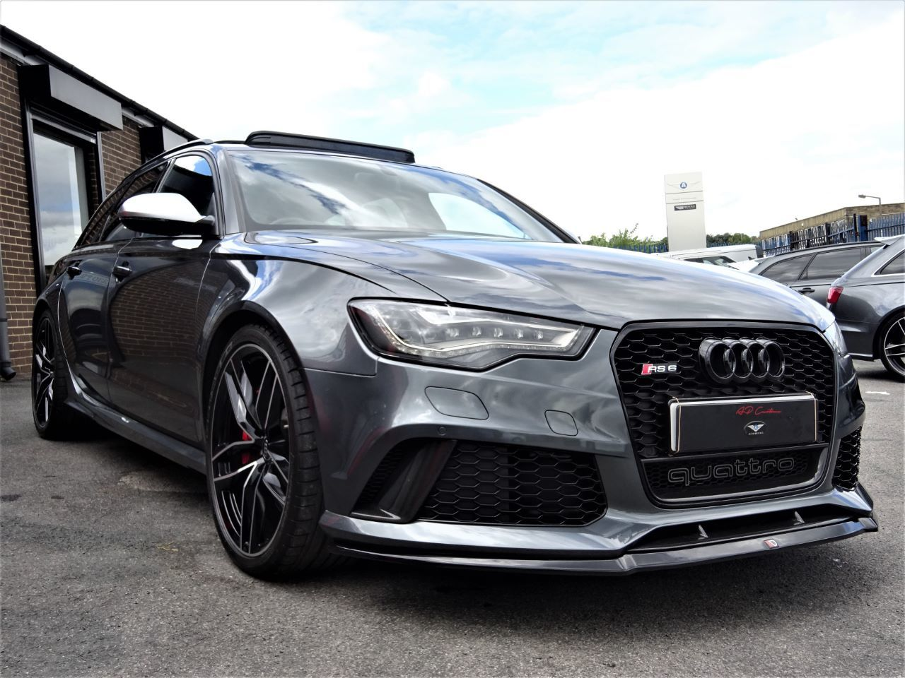 Audi RS6 4.0T FSI V8 Bi-Turbo QUATTRO 64 REG WITH CARBON PACK DYNAMIC PACK AND EXTRAS EXTENSIVE HISTORY FILE Estate Petrol Grey at Autoprestige Bradford