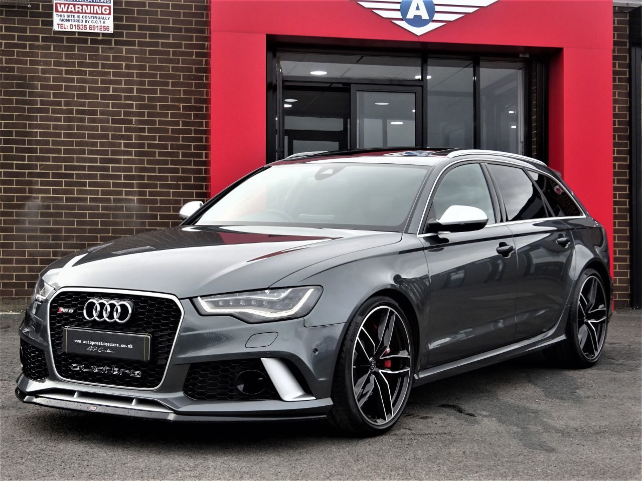 Audi RS6 4.0T FSI V8 Bi-Turbo RS6 Quattro WITH ALL THE EXTRAS WARRANTY RECENT SERVICE TYRES SOFT DOORS 64 REG Estate Petrol Grey at Autoprestige Bradford