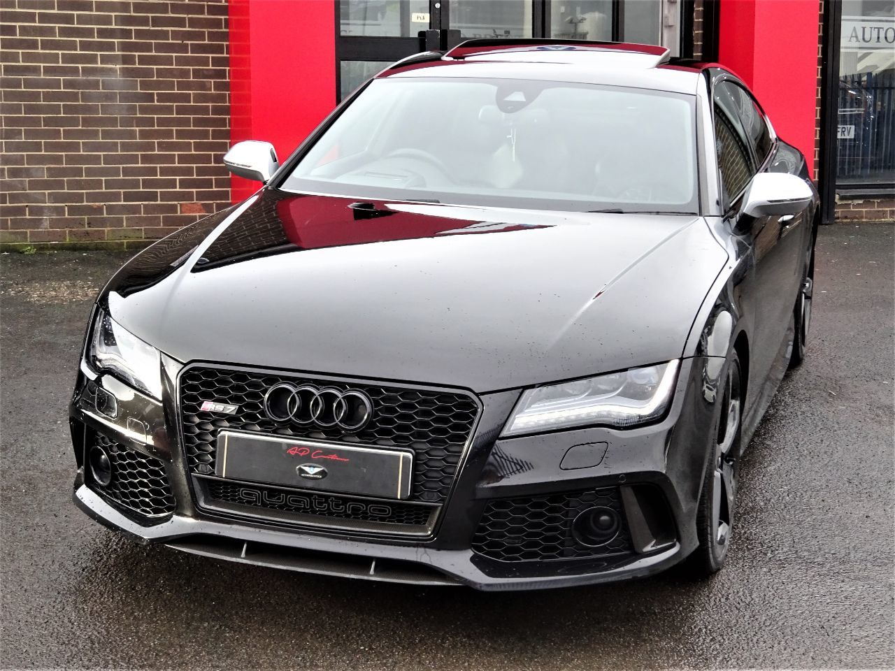 Audi RS7 4.0T FSI V8 Bi-Turbo Quattro Tip Auto EVERY EXTRA NIGHT VISION MASSIVE HISTORY FILE ONE OF THE BEST Hatchback Petrol Black at Autoprestige Bradford