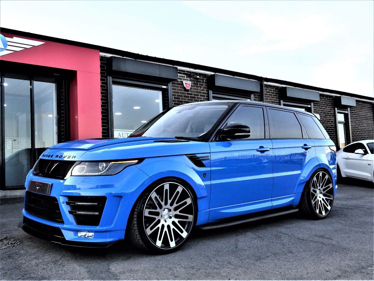 Land Rover Range Rover Sport 3.0 HSE SDV6 BI-TURBO VZR-600 EDITION WIDE BODY LATEST VOODOO BLUE WITH EXTRAS Four Wheel Drive Diesel Voodoo BlueLand Rover Range Rover Sport 3.0 HSE SDV6 BI-TURBO VZR-600 EDITION WIDE BODY LATEST VOODOO BLUE WITH EXTRAS Four Wheel Drive Diesel Voodoo Blue at Autoprestige Bradford