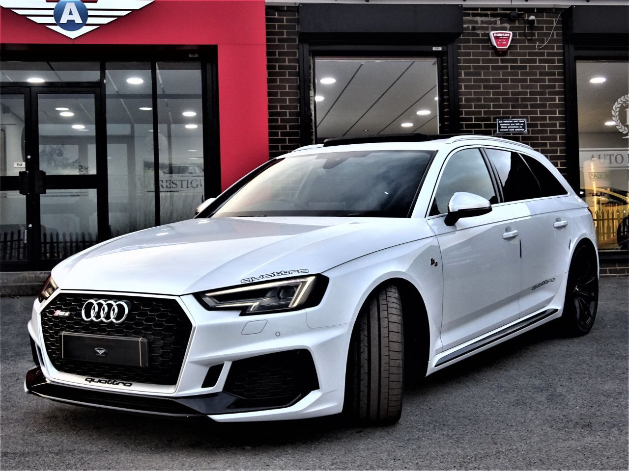 Audi RS4 Avant 2.9 QUATTRO MASSIVE SPEC PEARL WHITE PAN ROOF VATQ Four Wheel Drive Petrol Pearl White at Autoprestige Bradford